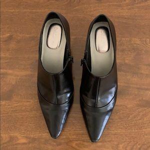 """Calvin Klein """"Dixie"""" Sz. 6.5 Black Bootie 3"""" Heel"""